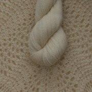 Silkesgarn 35% Tussah Silke / 65 % Merino Ull, 50g