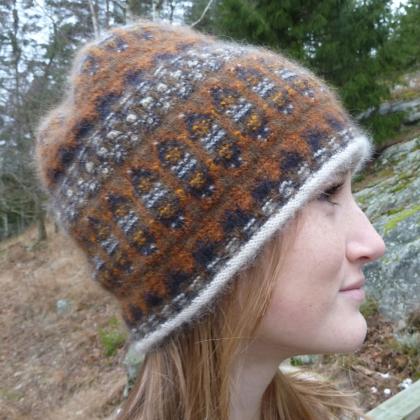"""""""Humlan"""" hat. Photo P. Silfverberg"""