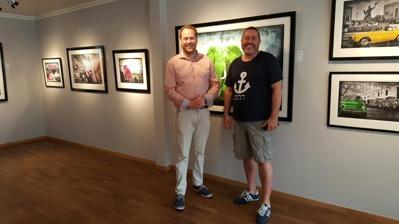 Johan W Hauffman från Mollbrink`s och Lars Tunebo från sommarens vernissage.