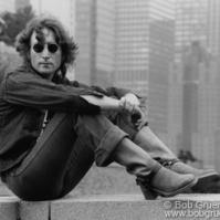Bob Gruen J Lennon_OnWall 1974_Gruen