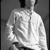 Jim_Morrison_at_London_s_Roundhouse_1968_III_2048x2048