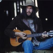 Neil_Young_haystack kopia