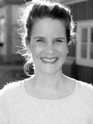 Nina Särkimäki. Teaterkursen hålls med stöd av Västra Götalands Kultur