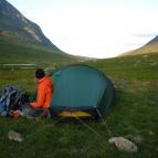 Dag 28 - Det blåste stormvindar i Syterskalet så vi var tvugna att säkra tältet med stora stenar