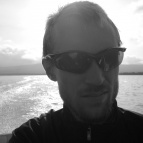 Dag 42 - 4 km motorbåtsfärd över till Sitojaurestugorna