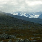 Dag 44 - Höga berg i bakgrunden