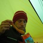 Dag 46 - Äter Chili con carne inne i tältet