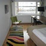 Stripe Special, hotellinredning