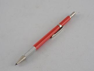 Ritspenna i olika utförande - Ritspenna med clips röd