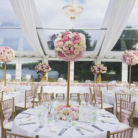 Tent wedding at Villa Pauli