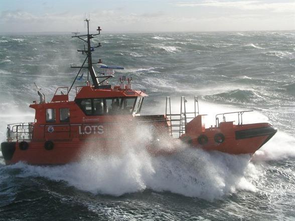 Lotsbåt