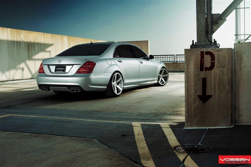 l_Mercedes Benz_CLS_VVSCV3_951