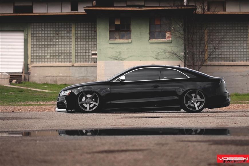 l_Audi_A4_VVSCV3_6d6