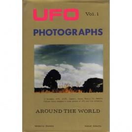 Stevens, Wendelle C. & August Roberts: UFO photographs around the world. Vol. 1