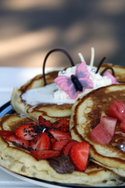 This, and other meals can be ordered from the kitchen but 99 out of 100 choose the famous Pannkaksladan buffé.