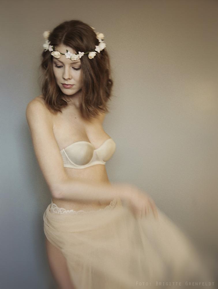 tantra stockholm genomskinliga underkläder