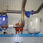 Värmeväxlare, avkylningskärl, expantinonskärl, smutsfilter och tryckmätning