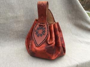 Läderpung/leatherpouch