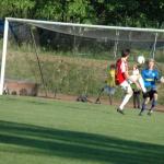Robban lyfter över och gör mål