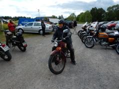 Leif Eriksson Umeå med en NV 20 på väg in till matkontrollen vid Sulas MC. Leif nådde slutplaceringen 68.