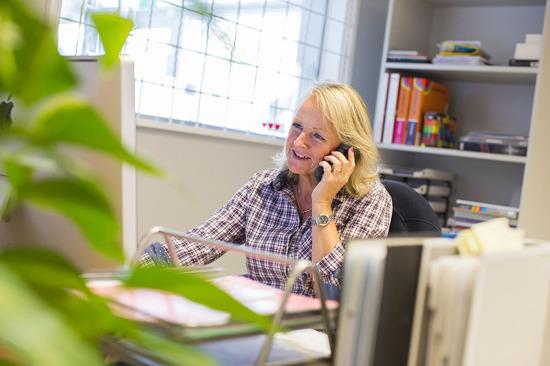 Tryckeri Halmstad, söker du tryckeri i Halmstad? Produktionsbyrå i Halland, proffs på digitalt tryck & offset i alla priser & format. Kontakta KBMEDIA i Halmstad.