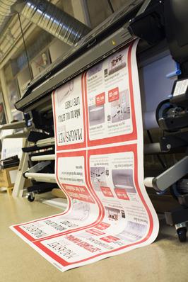 Storformat Halmstad, skyltar, flaggor, vepa & affischer i Halmstad? Skylttillverkare i Halland, proffs på skyltar, flaggor, vepa, poster & affischer. Kontakta KBMEDIA i Halmstad