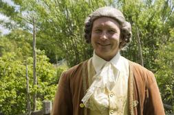 Anton Härder som Carl von Linné - härlig guidning.