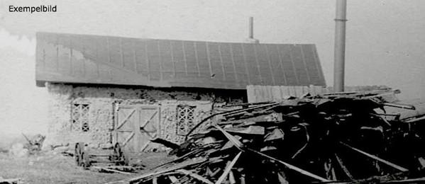 C. 12 (1) - detalj av bilden! Smedjan vid Tomten 1921.