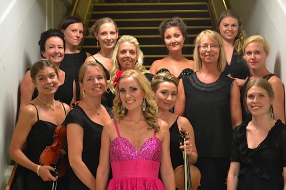 Stråkkapellet String Orchestra and Hannah Holgersson after the performance!