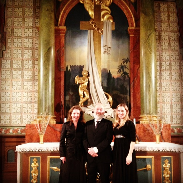 Ivonne Fuchs, Mathias Brorson and Hannah Holgersson in beautiful Vårfrukyrkan.