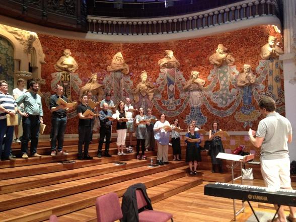 Fredrik Malmberg and the Eric Ericson Chamber Choir duing rehearsal!