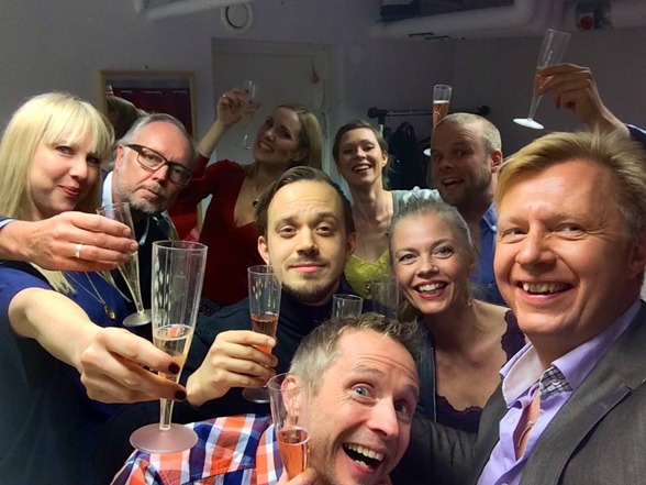 Party in the dressing room after the last performance of St Matthew Passion! From the left: Janna Vettergren, Lars Arvidson, Hannah Holgersson, Conny Thimander, Anders Edenroth, Emma Nilsdotter, Katarina Henryson, Morten Vither and Anders Jalkéus.