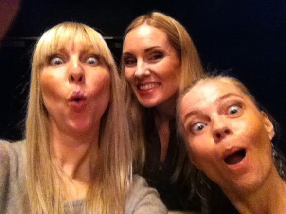 Janna Vettergren, Hannah Holgersson and Katarina Henryson having fun backstage!