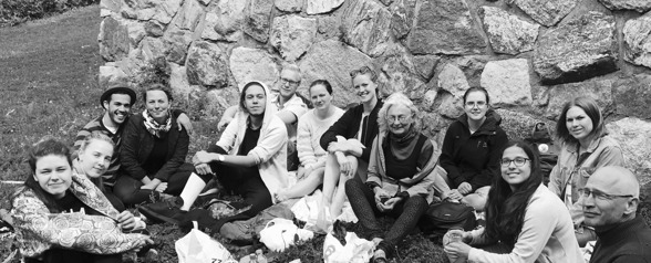 Students of classical music at Bromma Folkhögskola 2016/2017. From the left: Hanna Sverlander, Siri Grive, Dariel Riera, Frida Rålin, Sebastian Lundkvist, Emil Andersson, Isabella Amundsen, Emma Österberg, Anna Hoffstedt, Clara Lundström, Anna Zakrisson, Erika Dahlberg and Göran Nygren (teacher).