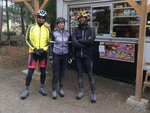 (Håkan, Camilla och Klas vid Grödby Kiosk)