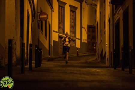 I love running at night. Here I'm coming into Teror. Copyright: Alexis Berg / Grand Trail