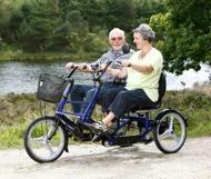 Side-by-side cykel