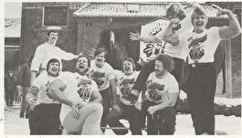 RÖRANDE 1980-30,Giganterna har anlänt inför kampen