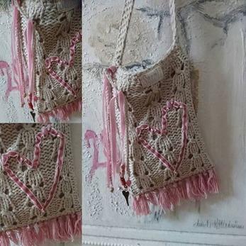 Love Chic - Love Chic en väska i beige och rosa hjärta