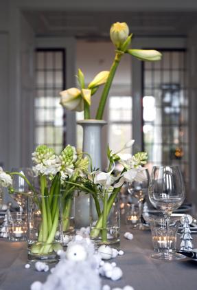 vita hyacinter i glas_Blomsterfrämjandet