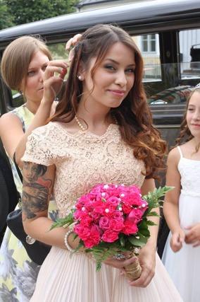 Jenny med brudbukett