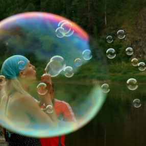 soap-bubbles-766386_1280