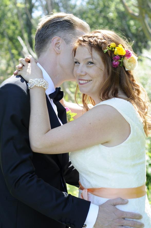 Foto: Elin Olsson. Bilderna får ej publiceras i annat forum utan brudparets tillåtelse.