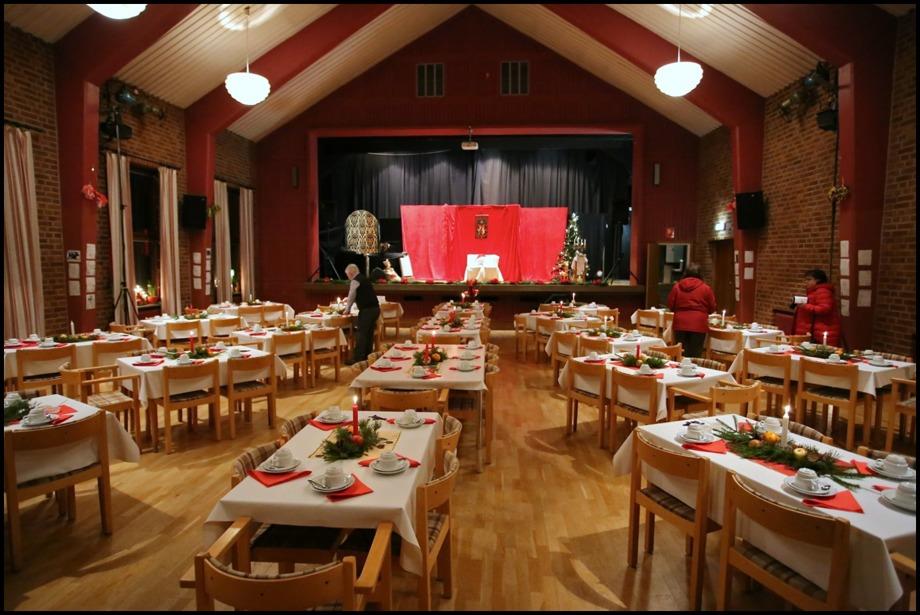 Svanskogs Folkets Hus Förening ordnade julstämning när Wermland Opera kom på besök.