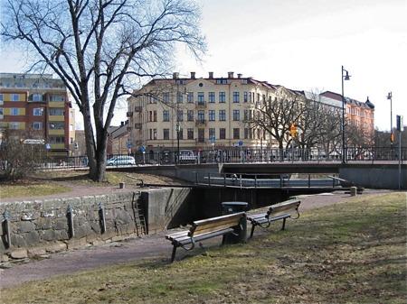 Pråmkanalen i stadsdelen Haga.