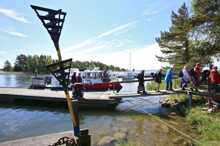 Ankomst till Stenstaka på Lurö, efter ca 50 minuters båtfärd.