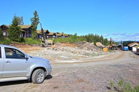 12 augusti 2015 - Det byggs nytt på många platser på Branäsberget.