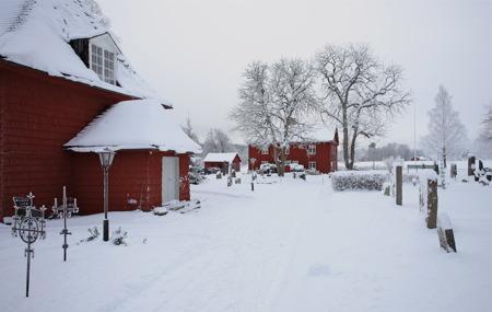 Långseruds kyrka och församlingshem