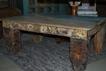 Soffbord med antika inslag.