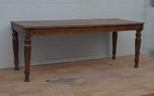 Långt  vintage matbord